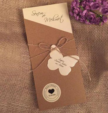 kahverengi zarflı kalpli ve kelebekli vintage davetiye