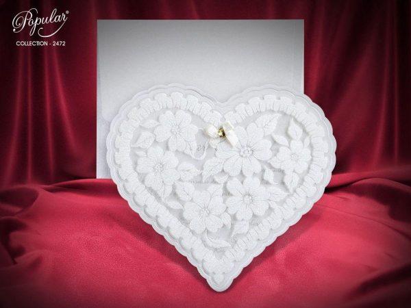 Çiçekli ve kalpli nişan davetiyesi